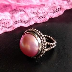 Jewelry - 🌸Pretty Pink Mabé Pearl Ring